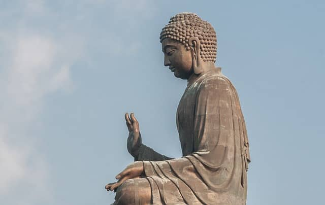 Giant Buddha Tian Tan