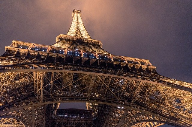 Look at the most amazing attractions of the world