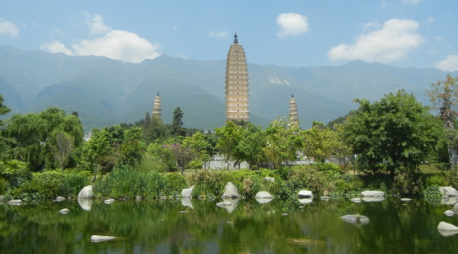Three Pagodas of Chongsheng Temple 1