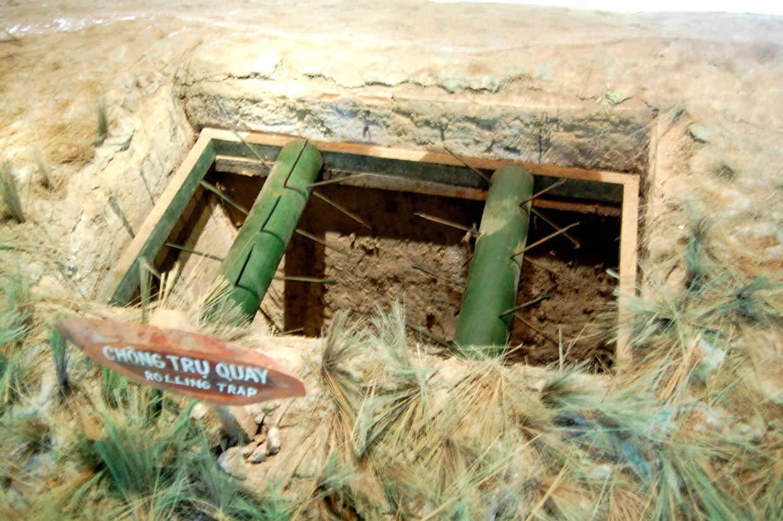 Underground Resident of Vietnamese Soldiers in Cu Chi Tunnels 1