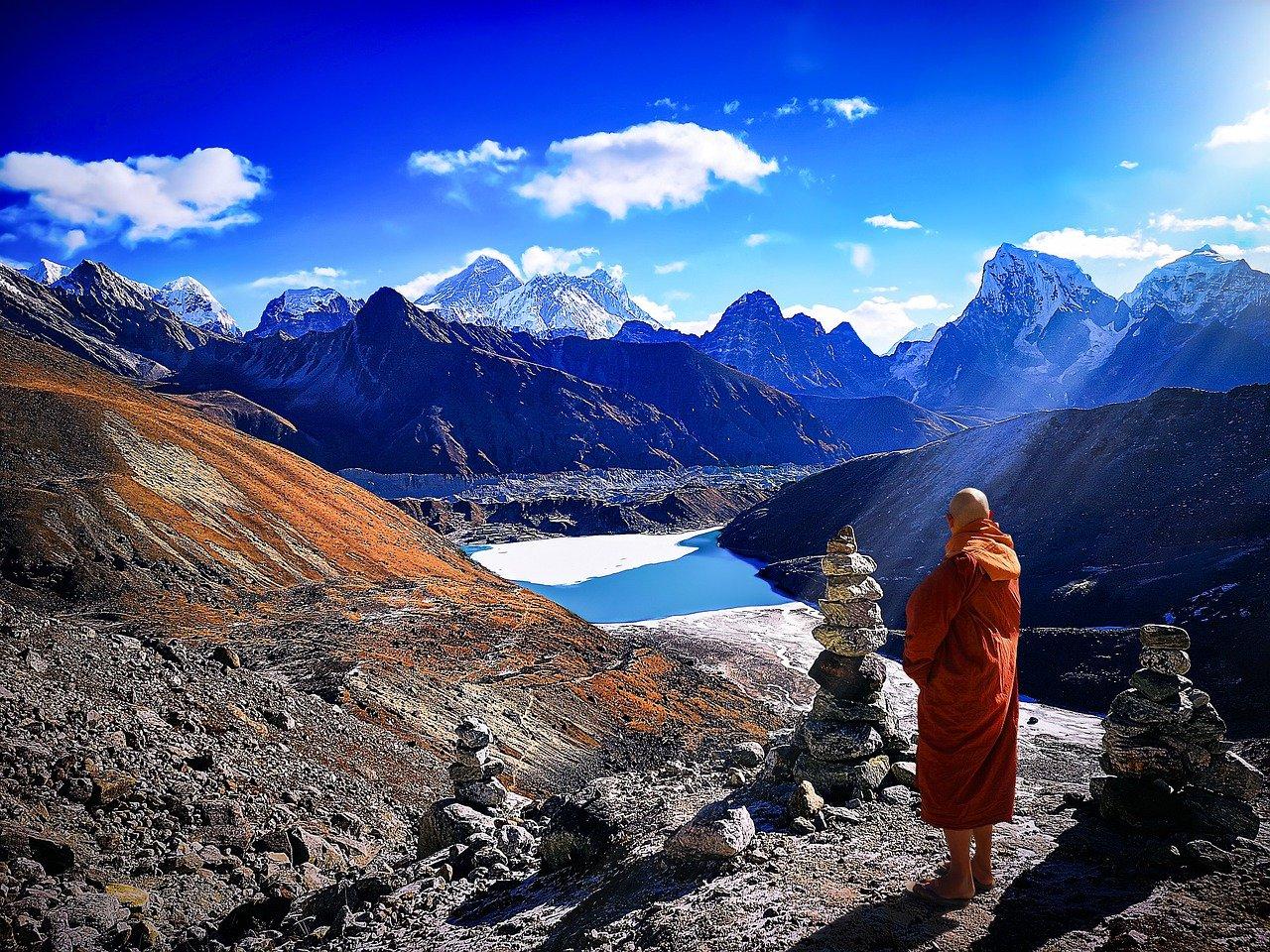 #Everest Base Camp Trek via Gokyo Lake