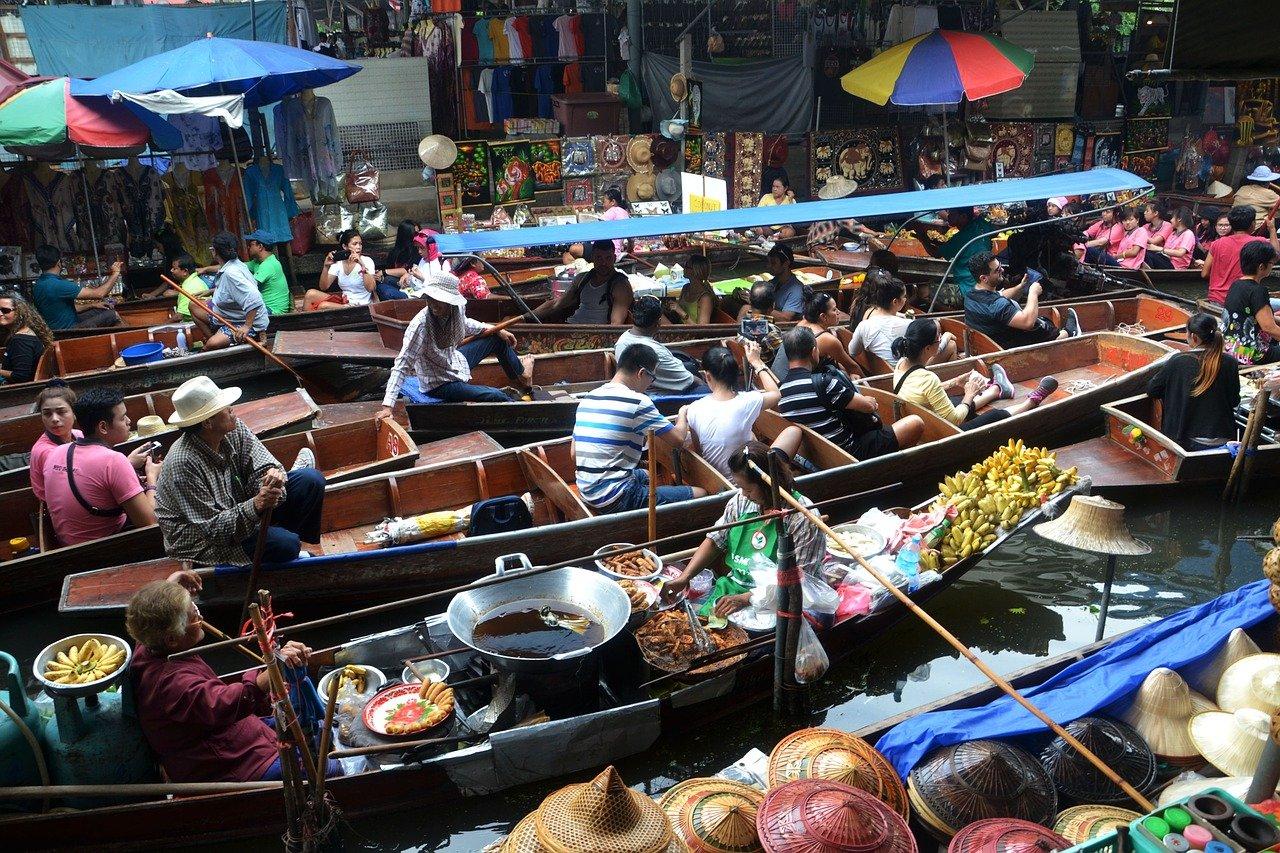 Train Market & Floating Market 3