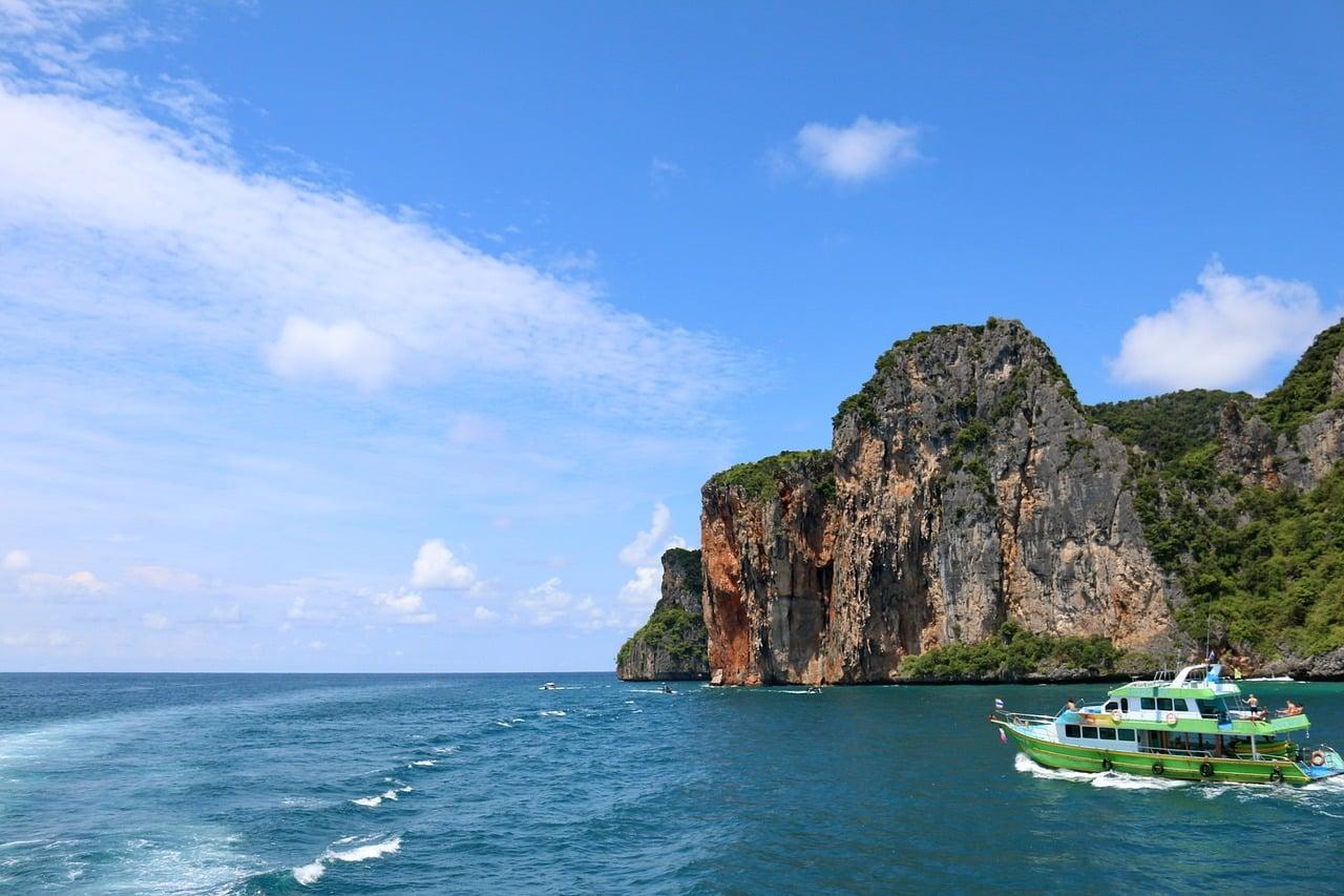 Phi Phi Island Day Tour 7