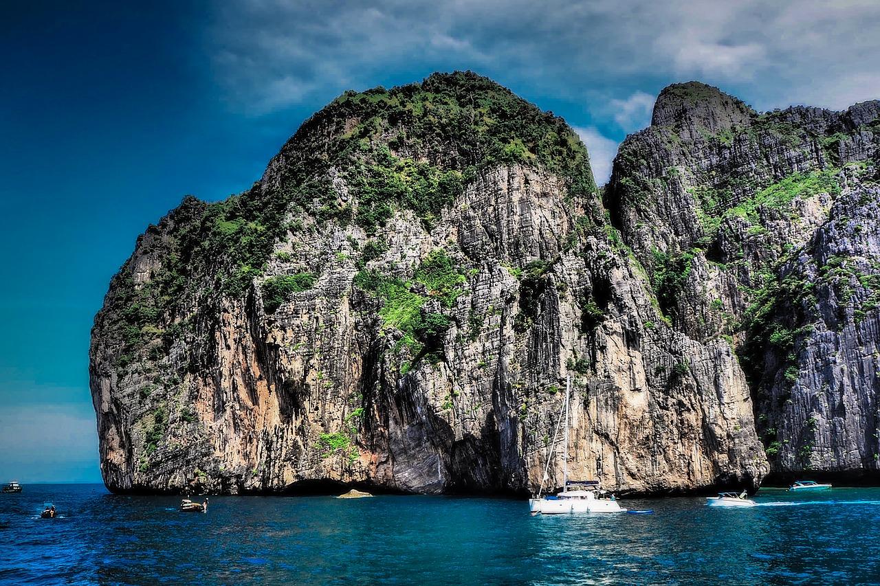 Phi Phi Island Day Tour 10