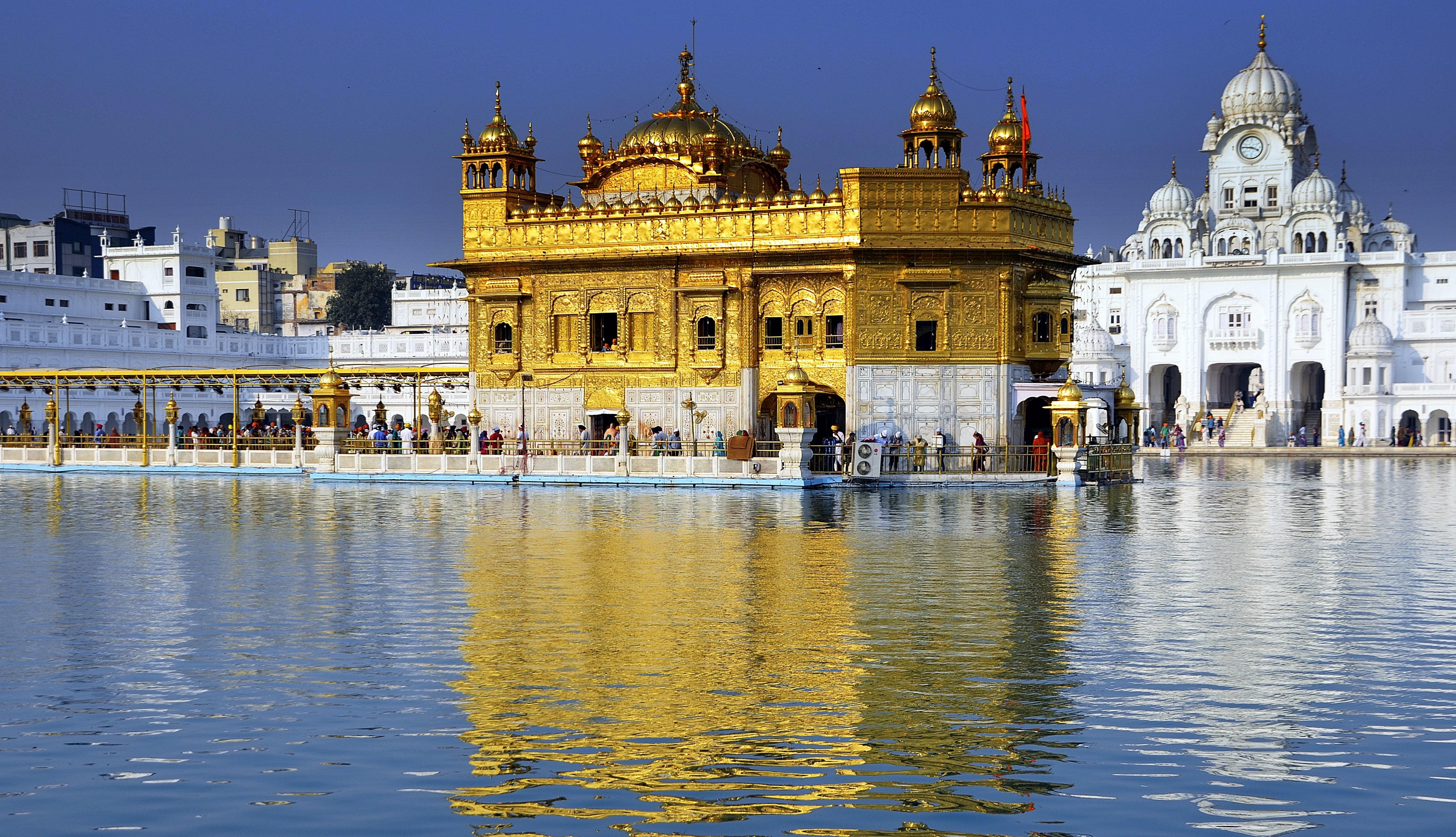 Delhi, Dharamshala, Kashmir Valley & Amritsar Tour 1