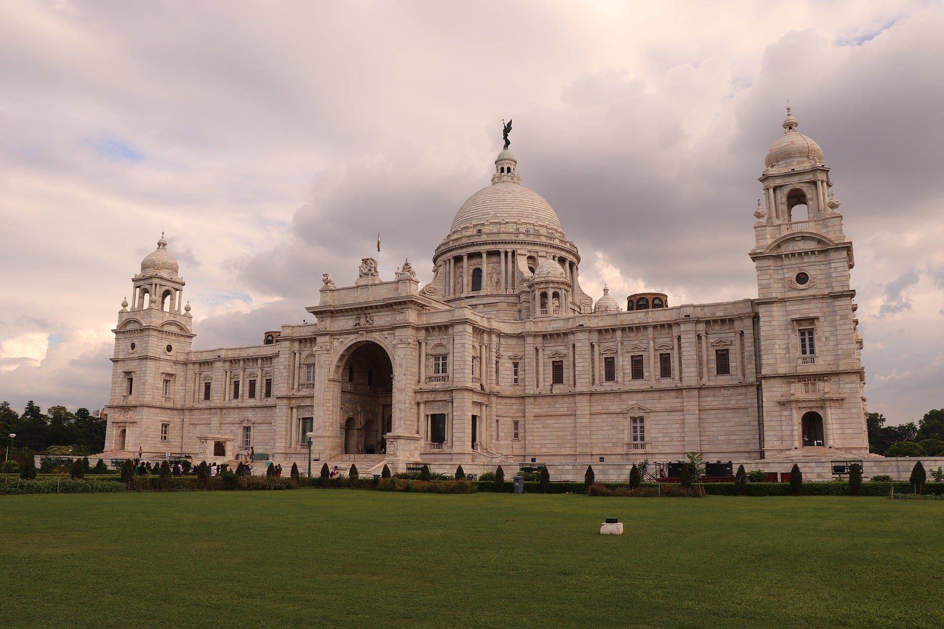 Heritage Monuments & Imperial Cities in India 1