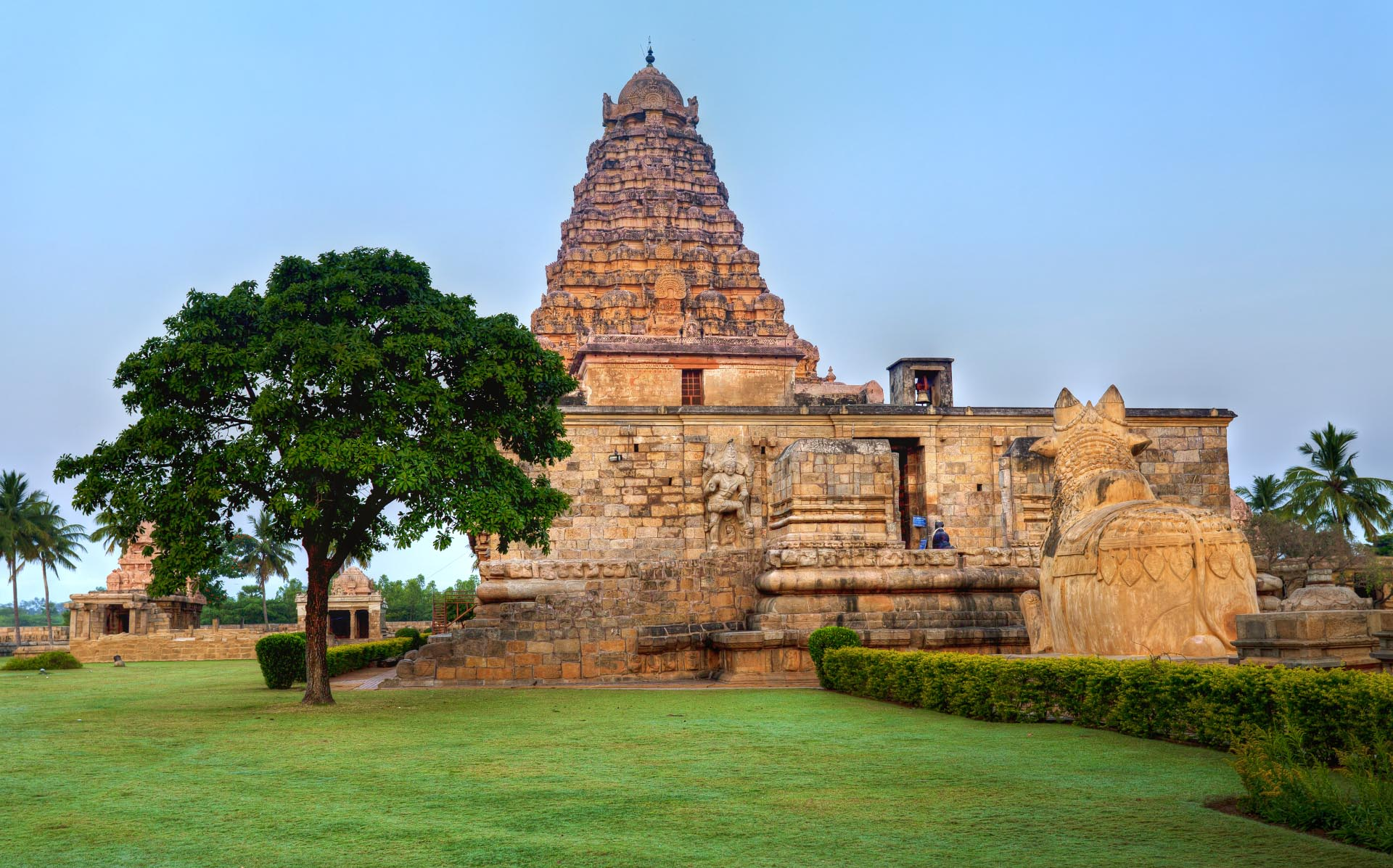 Bangalore to Across The Temples in South India 8