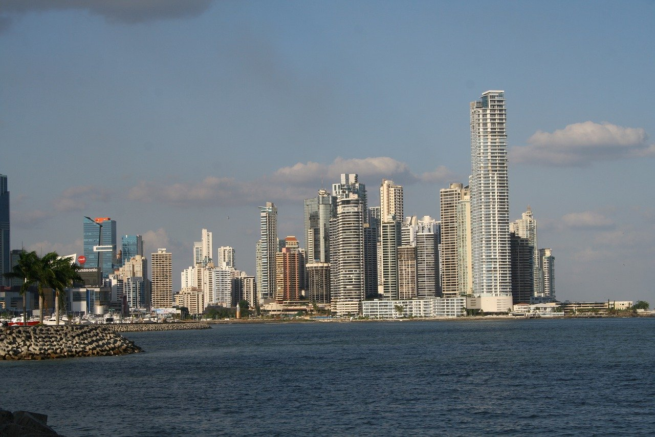 Panama Canal and Panama City Tour 6