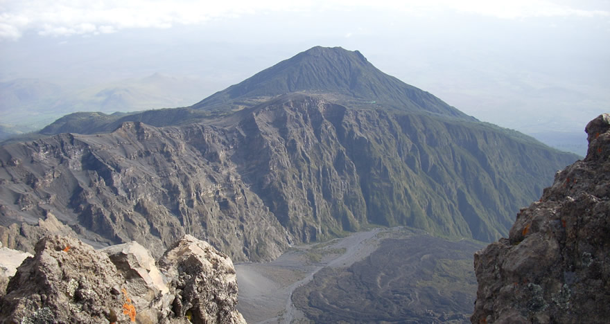 Mount Meru Trek & Wildlife Safari 3