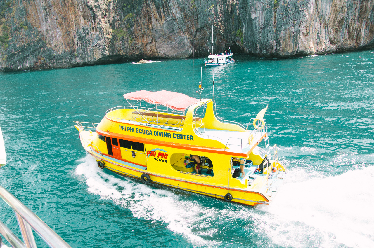 Phi Phi Island Private Boat Tour 3