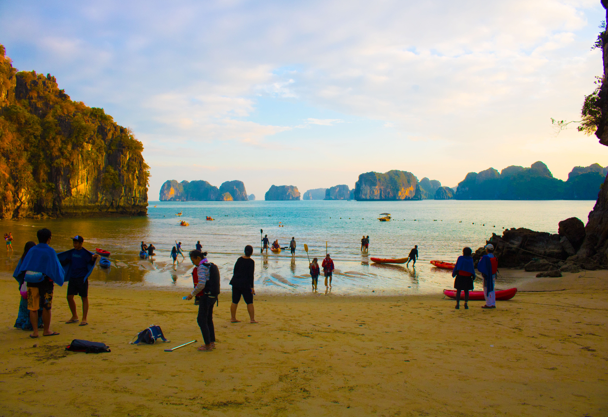 Explore Vietnam From South To North 1