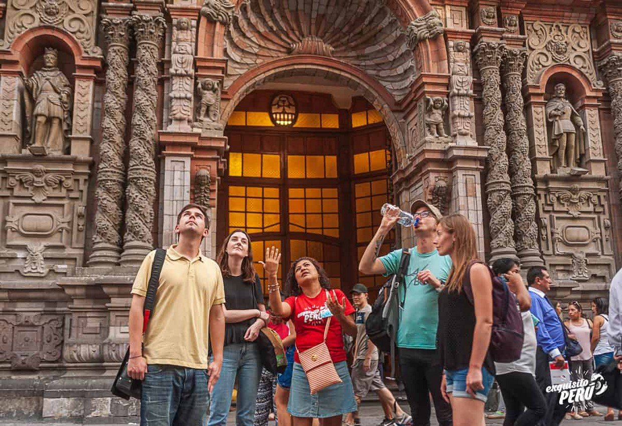 Street Food Tour in Lima's Historic Centre 5