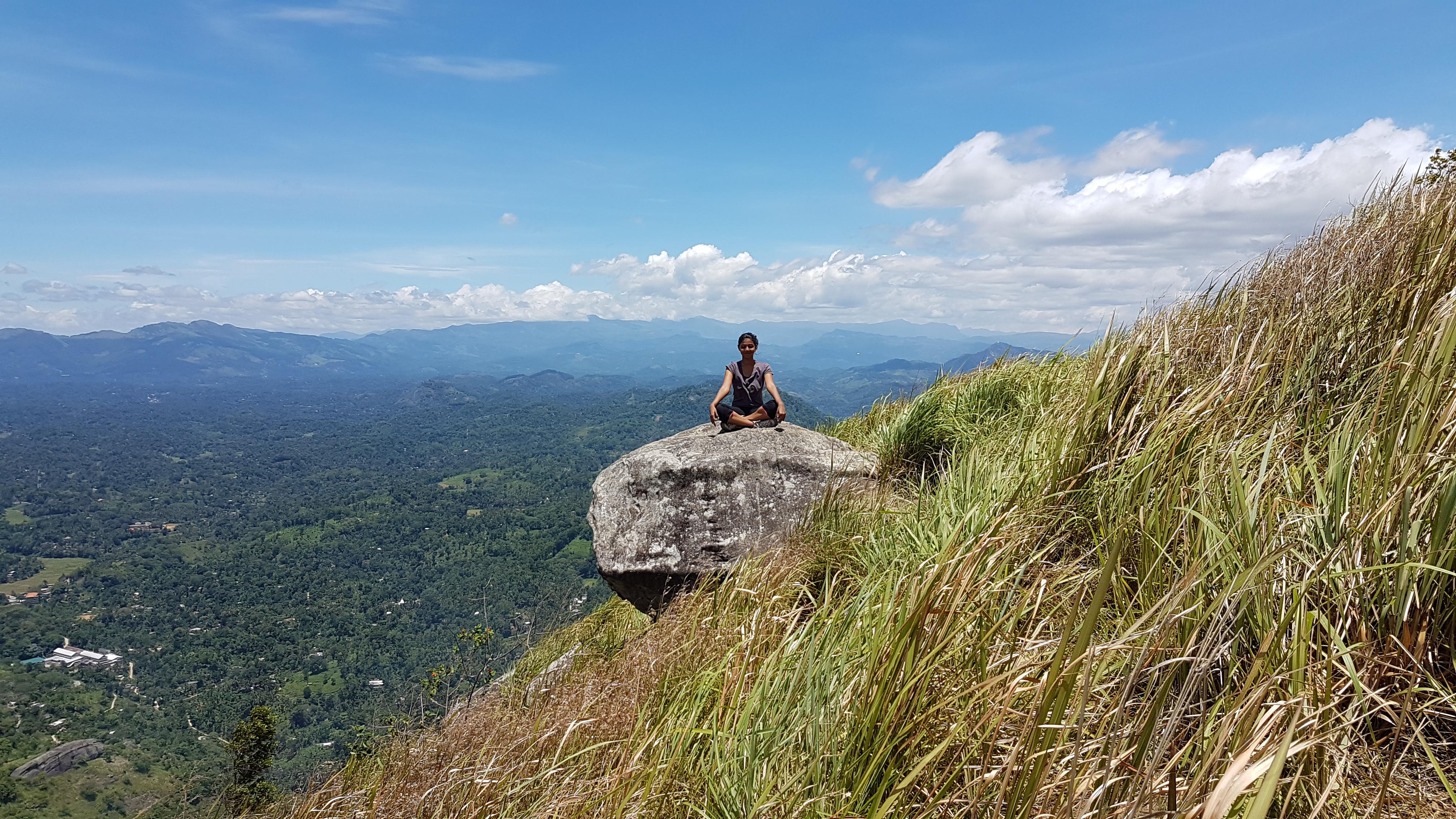 Sri Lanka Robinhood Village Trail with Alagalla Mountain Trekking 4