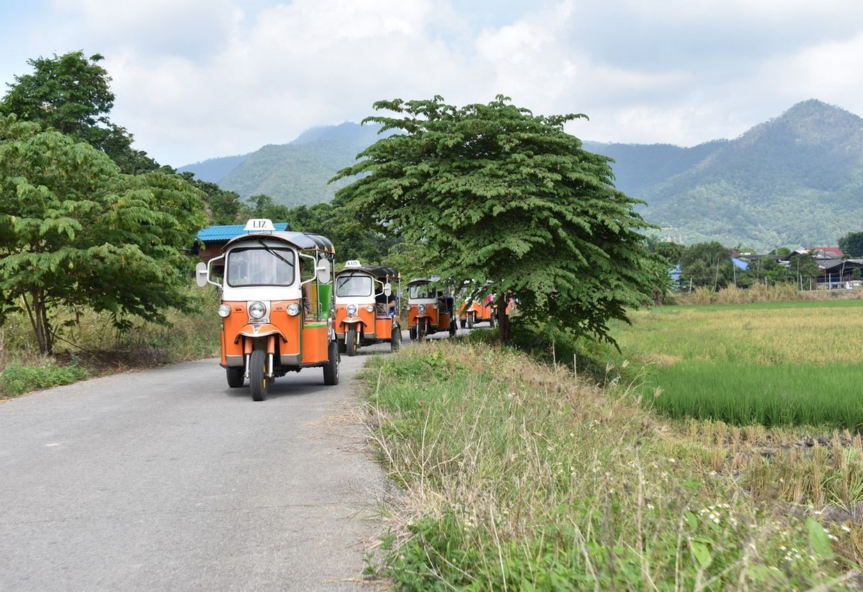 Tuk Tuk Adventure in Northern Thailand - Chauffeur Driven 2