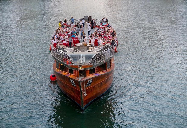 Dhow Cruise Marina Dubai 3