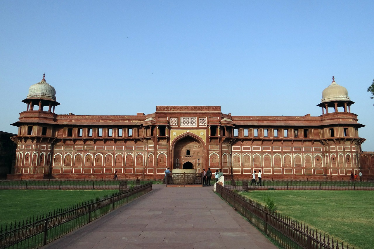 Delhi, Agra, Jaipur Golden Triangle Tour by Train 10