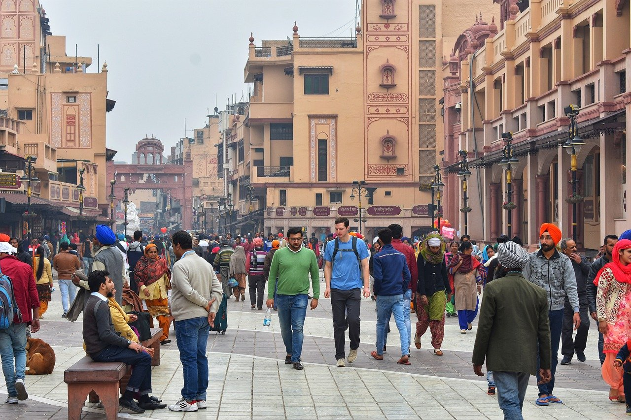 5 Days Golden Triangle Tour With Train 7