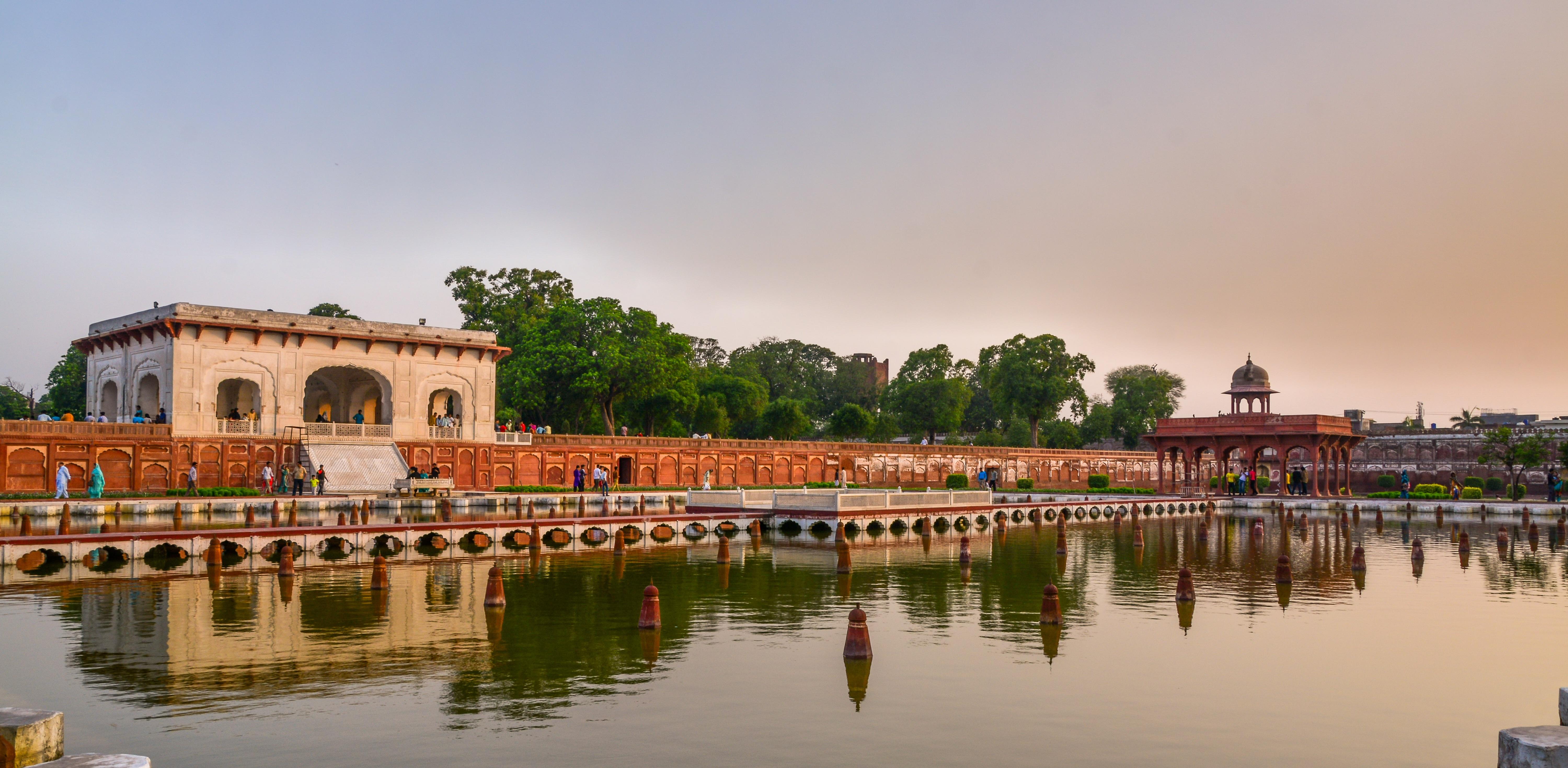 Delhi and Agra Tour 4