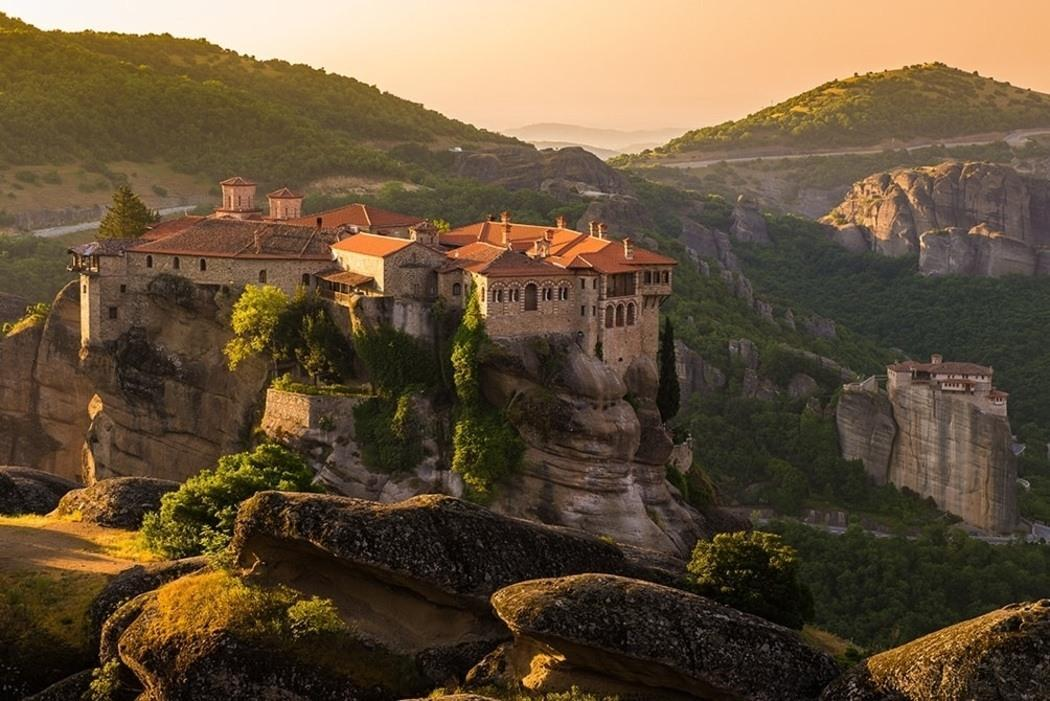 5 Day Athens, Meteora and Delphi Exploration Trip 3
