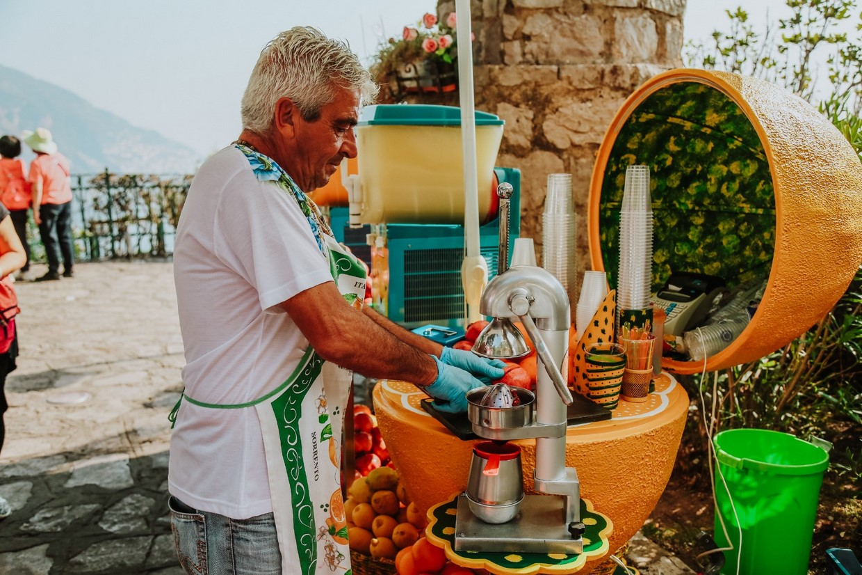 Explore Pompeii, Amalfi, Naples and the Mount Vesuvius with an Archaeologist 1