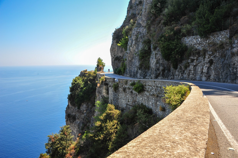 Explore Pompeii, Amalfi, Naples and the Mount Vesuvius with an Archaeologist 9