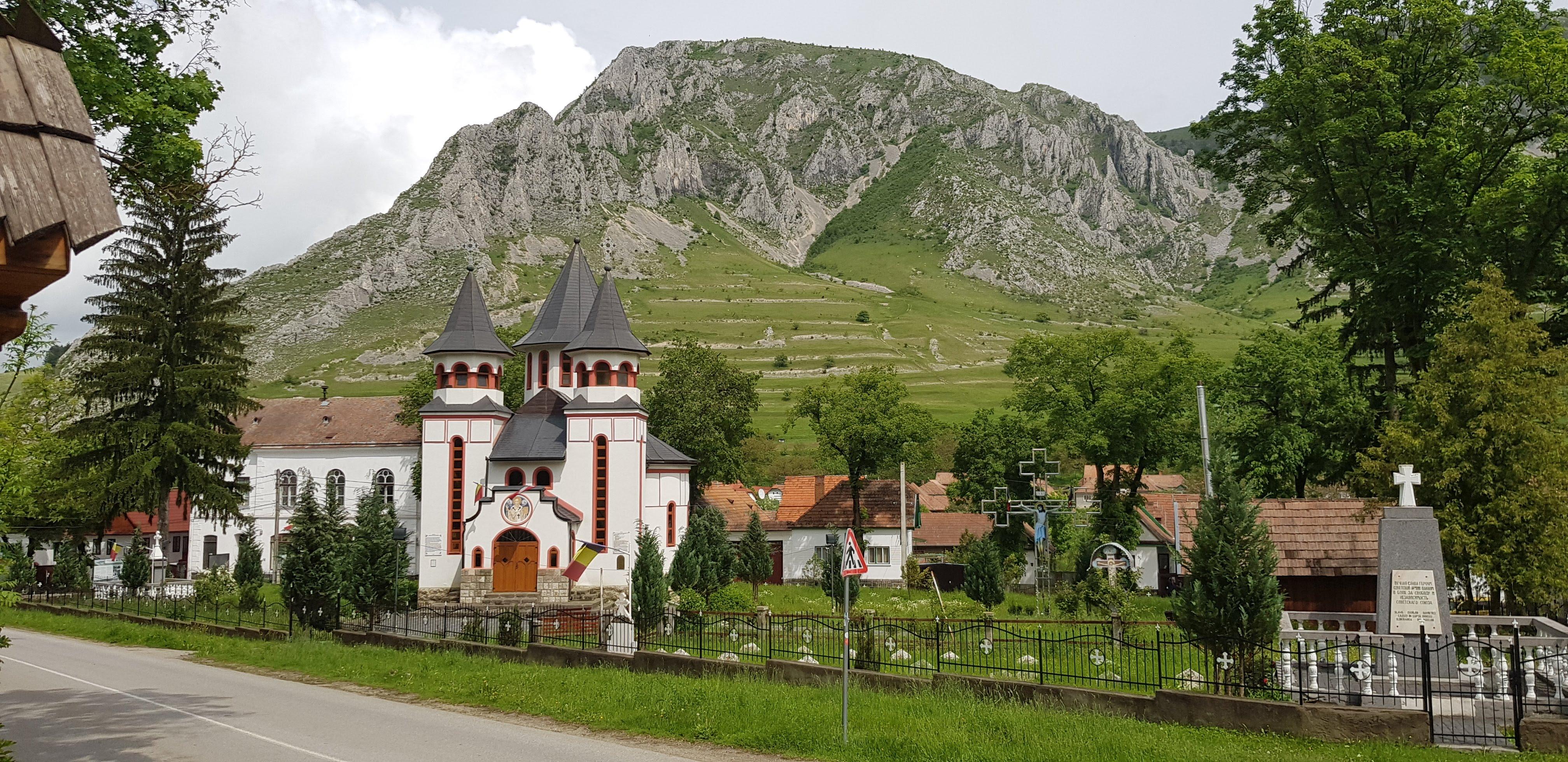 Turda Salt Mine, Turzii Gorge and Rimetea Village 6