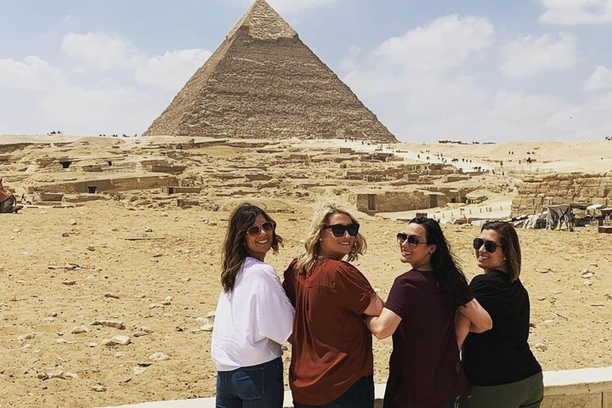 Guided Giza Pyramids Tour with Dinner Cruise and Camel Ride