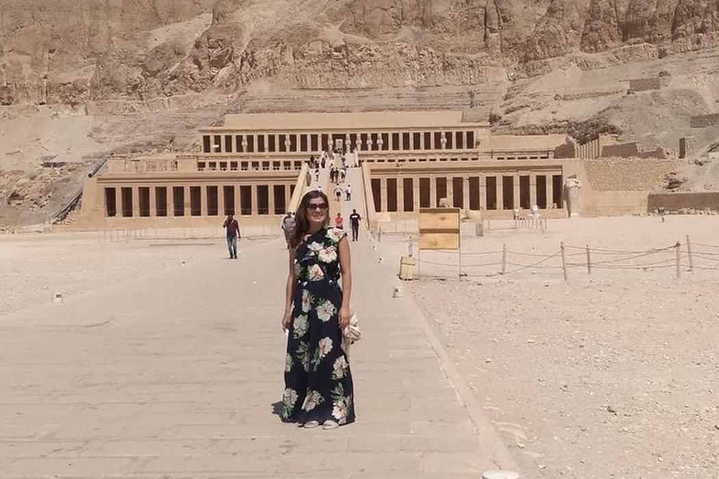 Tour Around Cairo Giza Pyramids, Luxor and Alexandria in 4 Days