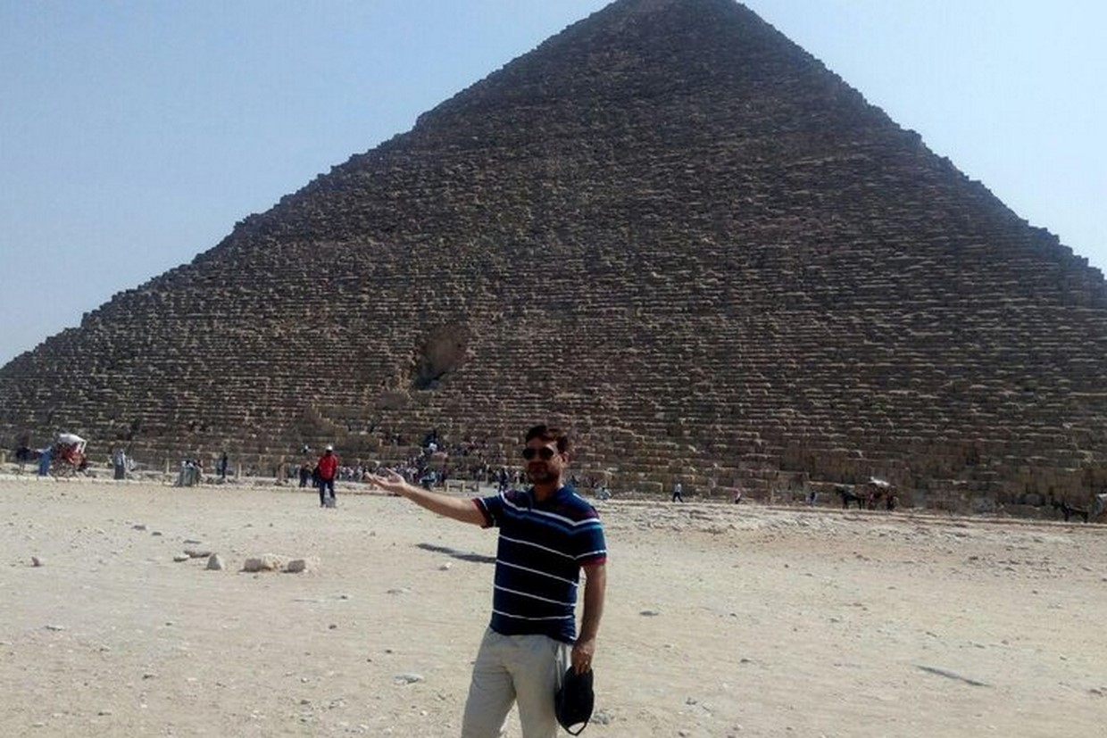 Full Day Giza Pyramids and Egyptian Museum 8