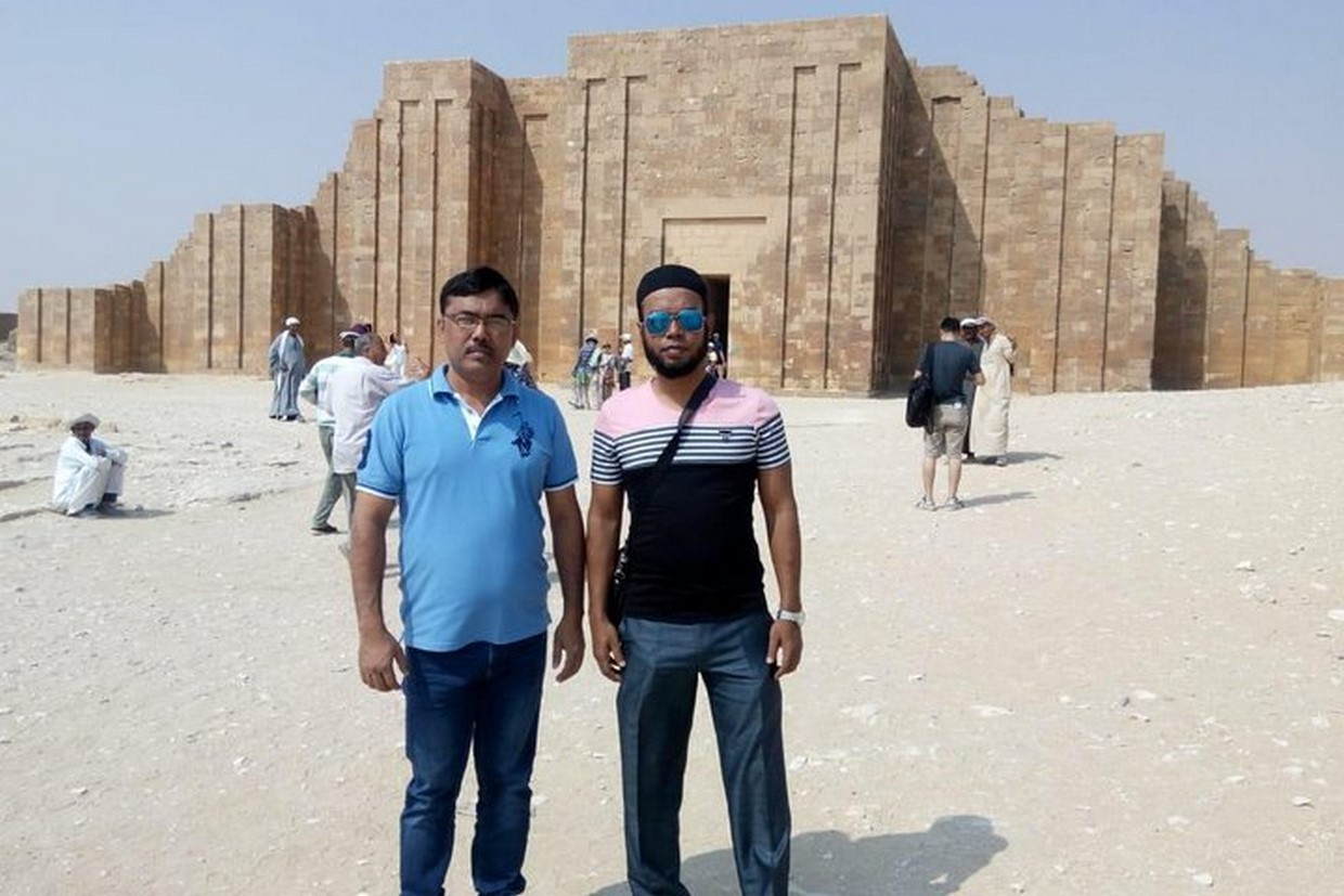 Full-Day Tour Pyramids of Giza ,Sphinx ,Memphis and Saqqara from Cairo 1
