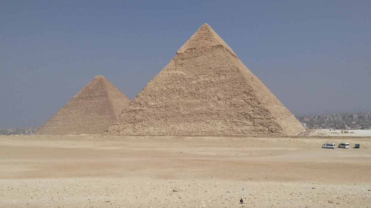 Full-Day Tour Pyramids of Giza ,Sphinx ,Memphis and Saqqara from Cairo 3
