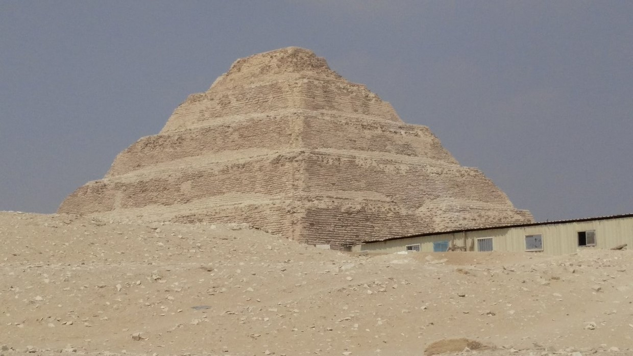 Full-Day Tour Pyramids of Giza ,Sphinx ,Memphis and Saqqara from Cairo 7