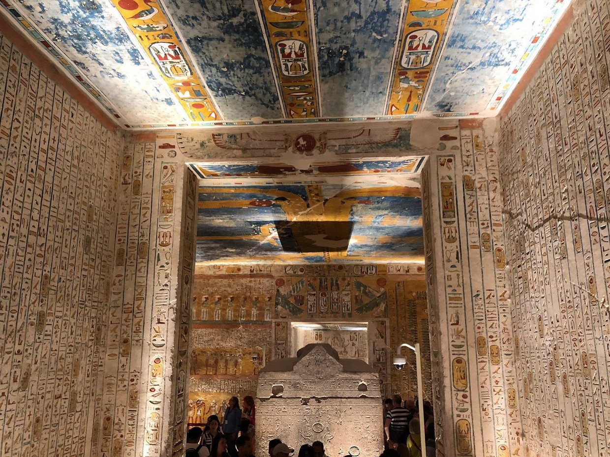 Full Day Luxor Tour from Cairo by Plane 6