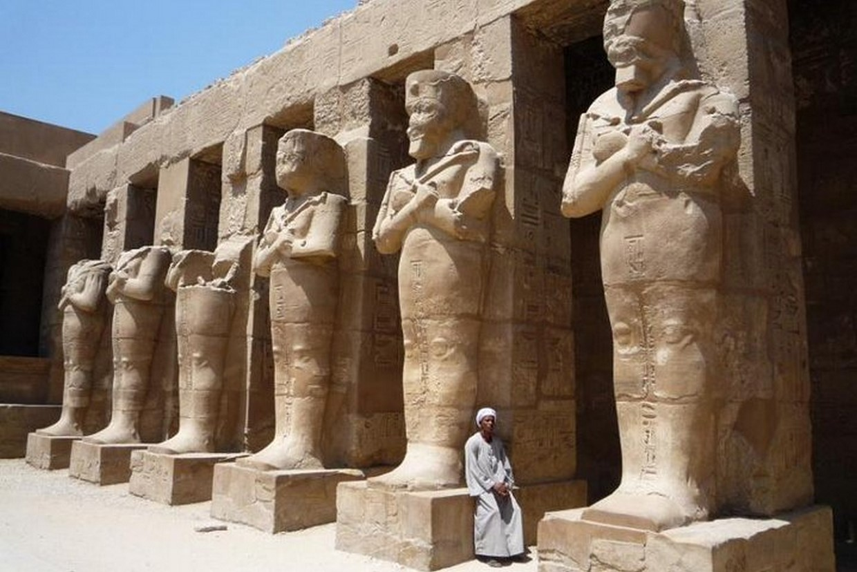 Full Day Luxor Tour from Cairo by Plane 1