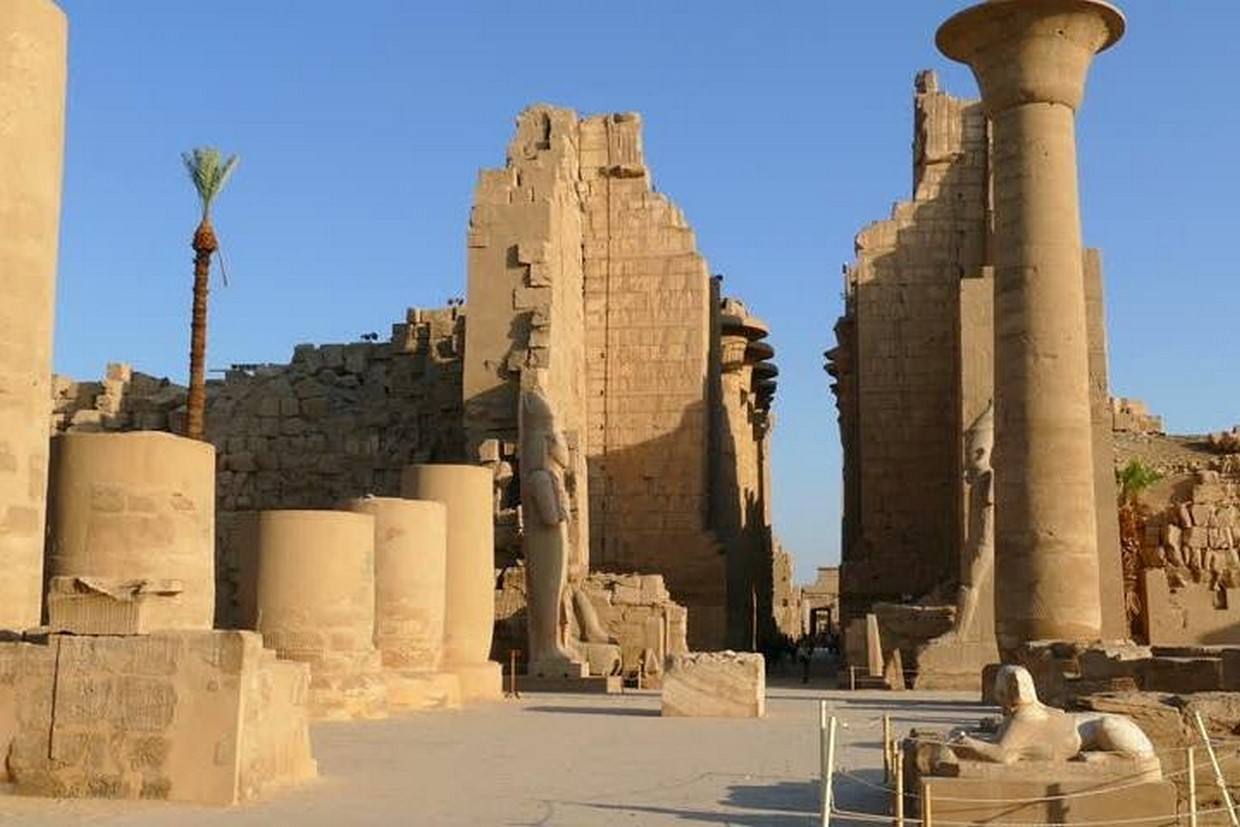 Full Day Luxor Tour from Cairo by Plane 8