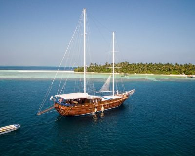 Maldives Travel Guide 2