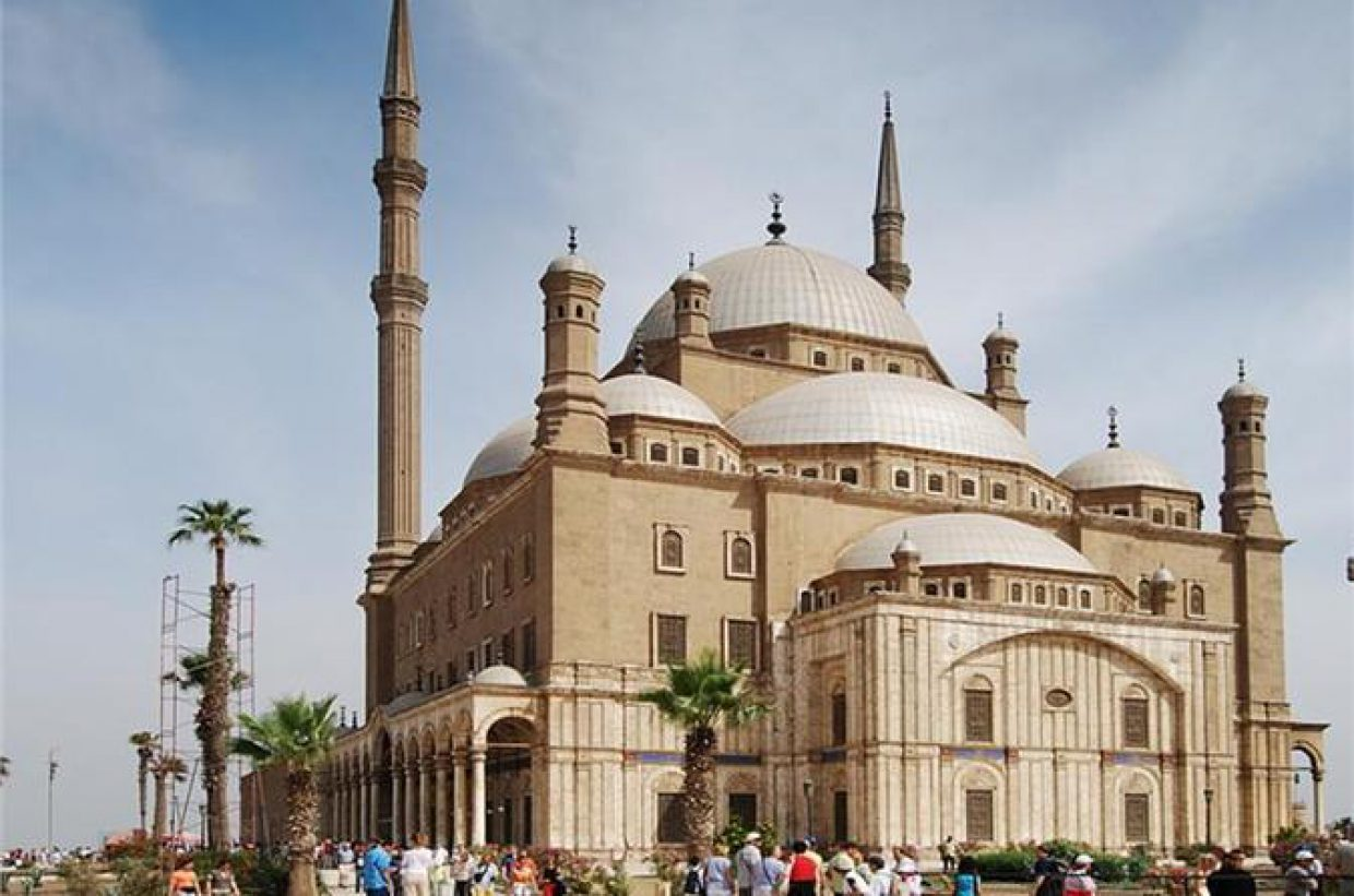 Egyptian Museum, Cairo Citadel and Old Cairo Walking Tour