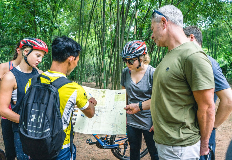 Angkor to Phnom Penh by Bicycle 4