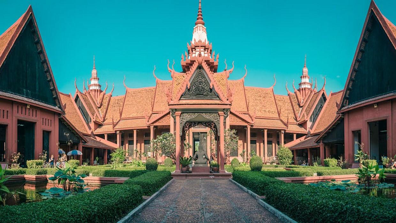 Angkor to Phnom Penh by Bicycle 9