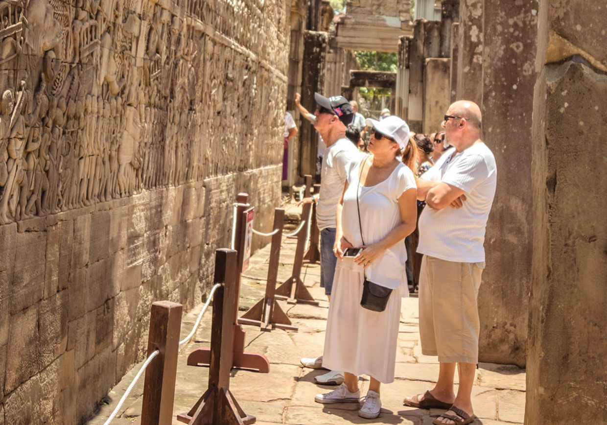 Essential Angkor Temples Discovery 1