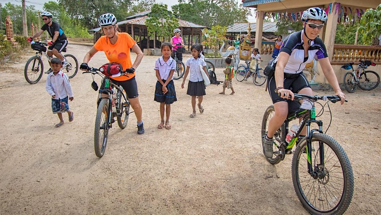 Angkor Bike & Bite - Cambodia Food & Cycling Tour 6