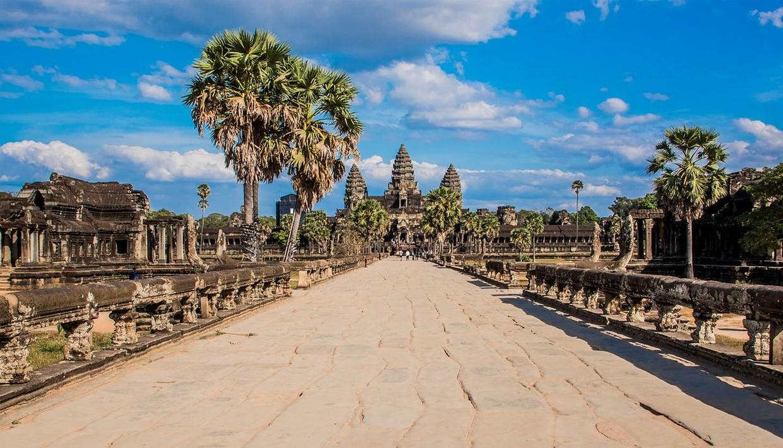 Angkor Bike & Bite - Cambodia Food & Cycling Tour 7