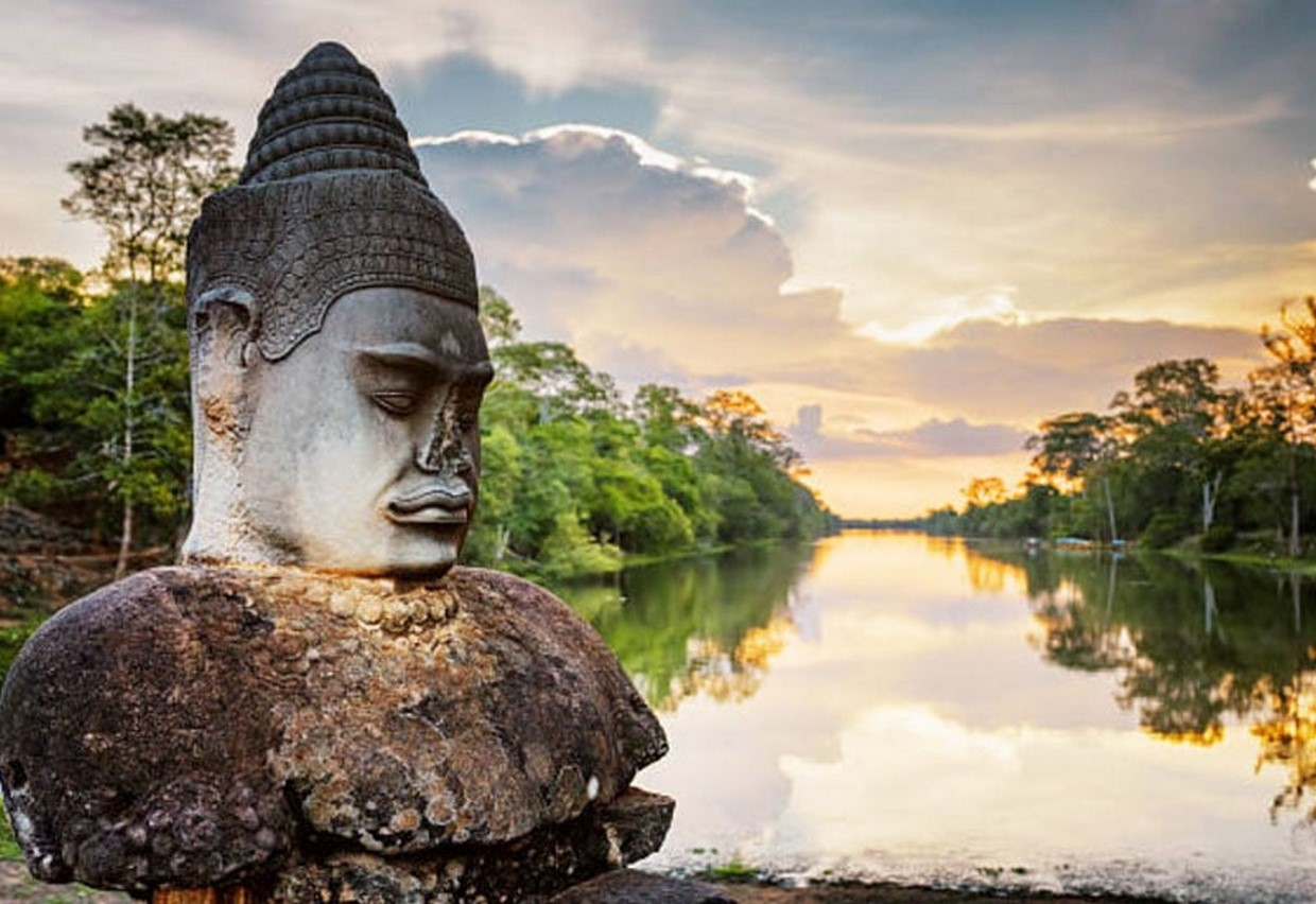 Essential Angkor Temples Discovery 6
