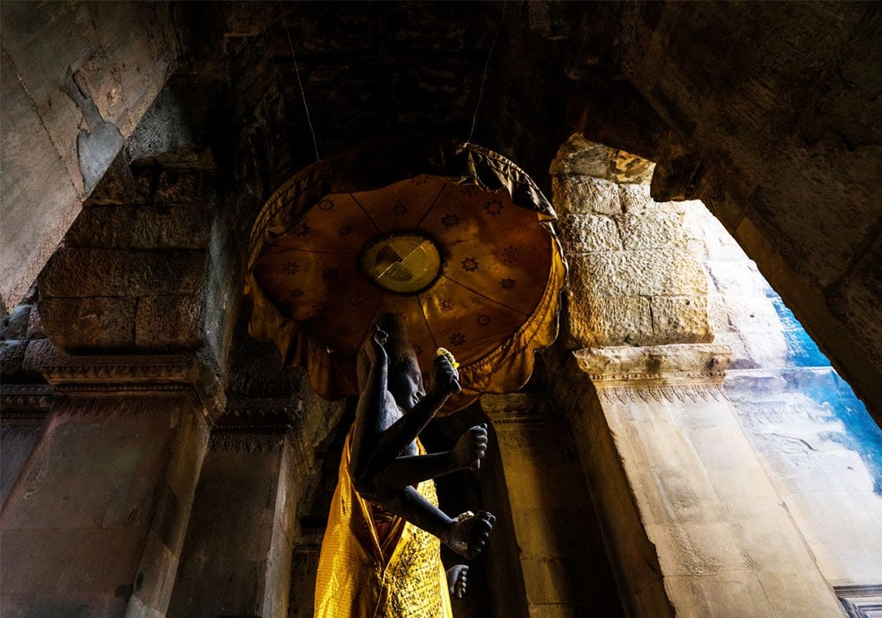Essential Angkor Temples Discovery 7