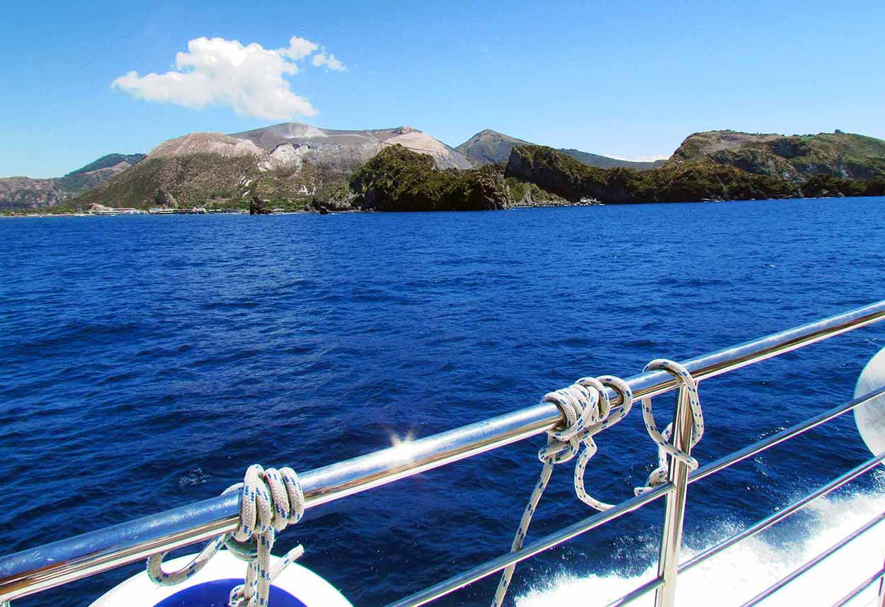 Aeolian Islands Tour Explore Five Islands 4