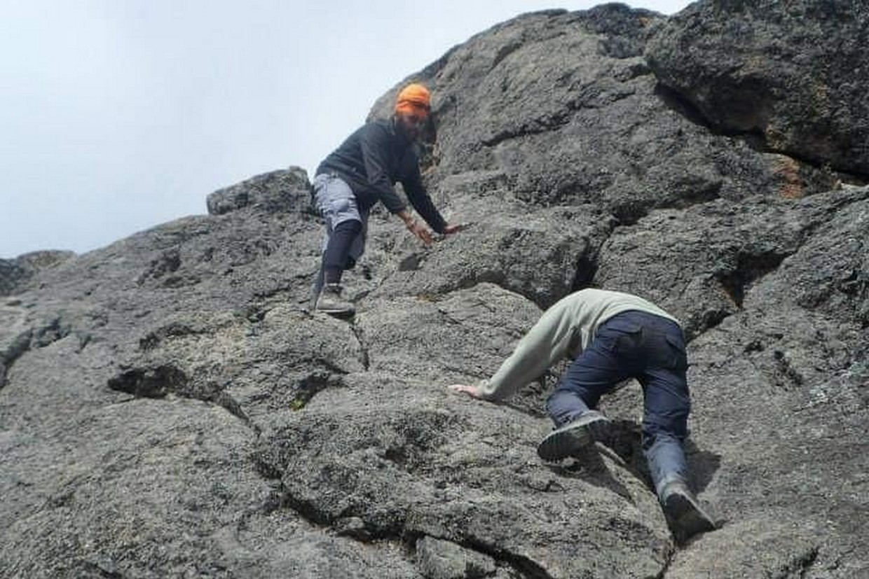 Tramping Mount Kilimanjaro Via Ubwe Route 2