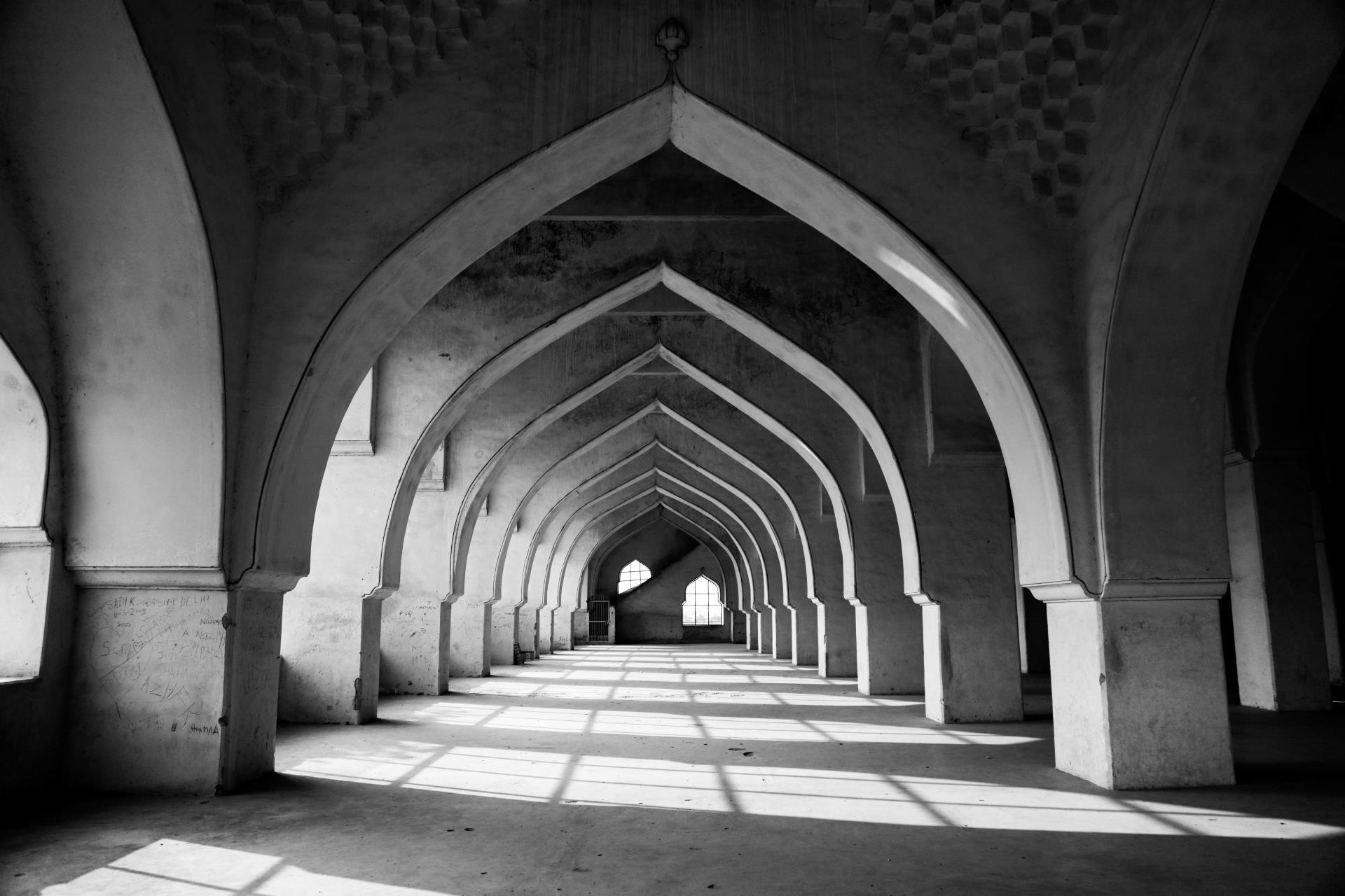 Hyderabad, Bijapur, Badami & Hampi Tour 4