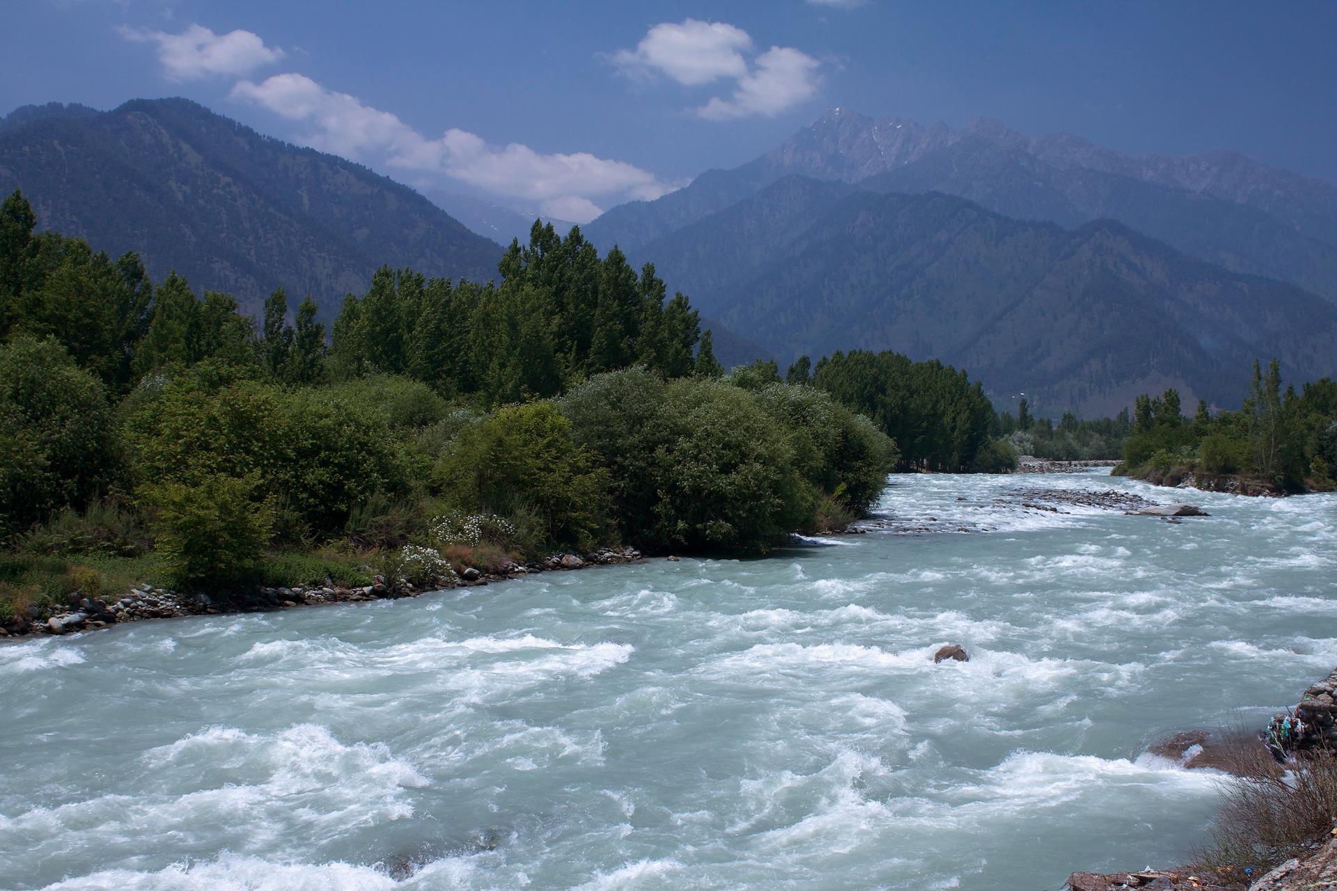 Kashmir and Taj Mahal 4