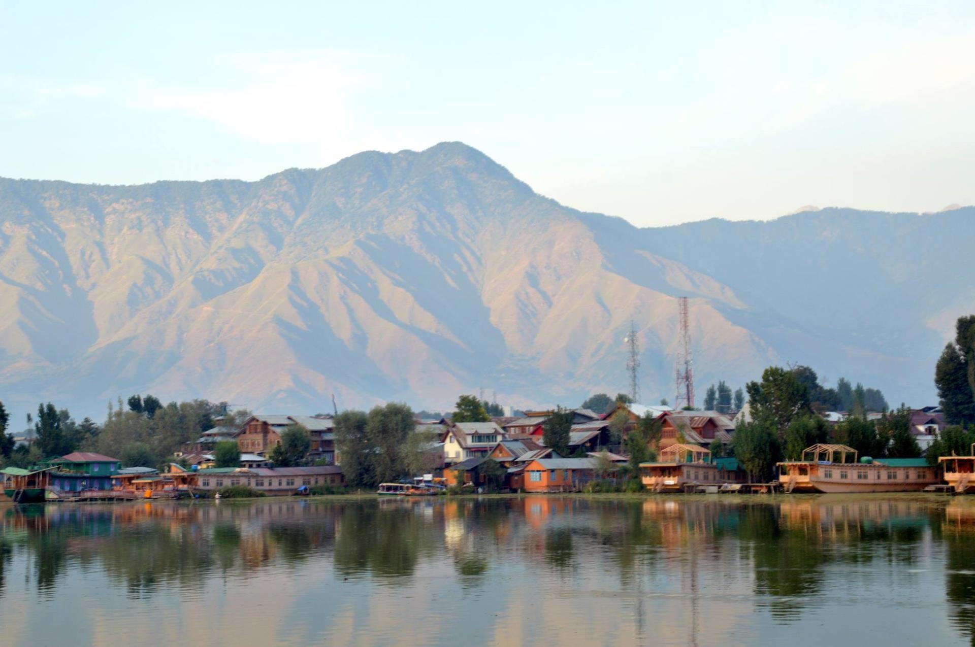 Kashmir and Taj Mahal 8