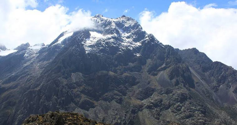 9 Days Rwenzori Mountain Climbing Trip in Uganda 8